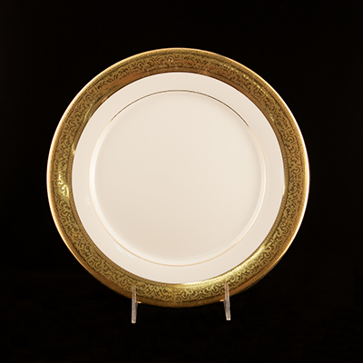 "Magnificence China Dinner Plate 10-1/2""  www.Raphaels.com - Call to place your rental order today! 858-689-7368 - www.raphaels.com"